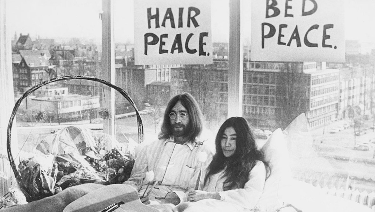 John Lennon was a stoner and peace activist along with artist Yoko Ono.