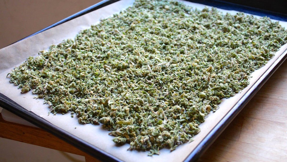 How to make cannabis edibles: decarboxylation