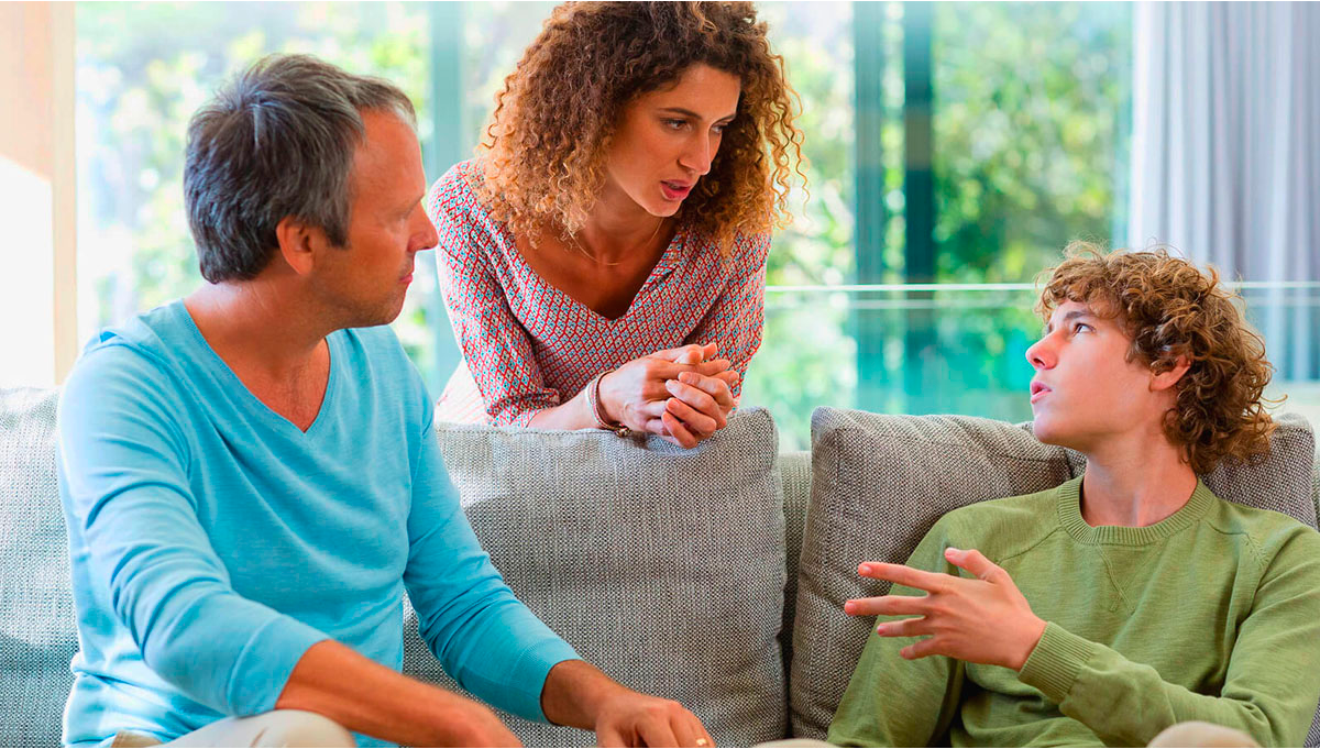 How To Open Up to Your Parents or Relatives About Marijuana